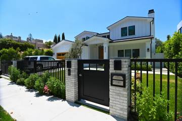 Modern design Fence Gates and garage doors fabrication and installation