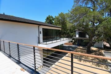 360 Modern Railing For Outdoor Balcony